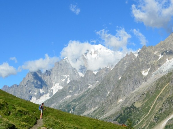 TOUR OF MONT BLANC 6 DAYS SELF-GUIDED IN 3*HOTEL